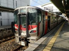 JR西日本 227系